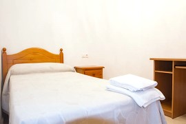 Holiday rental Alicante: Bed room Alicante Ferien-Apartments. Urlaub, Ferienwohnungen, Strand, Meer
