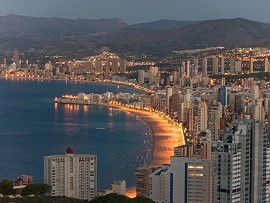 Benidorm and its beaches at night. Benidorm holiday apartments near beaches